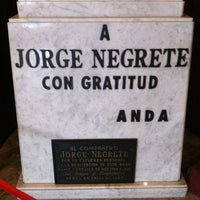 Foto tirada no(a) Teatro Jorge Negrete por Alan G. em 8/12/2012