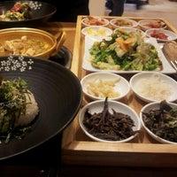 Photo taken at B빔밥 by 원락 이. on 11/27/2011