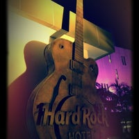 Photo taken at Hard Rock Cafe Penang by Cathy L. on 4/22/2012