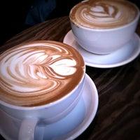 3/26/2011にRich W.がThird Rail Coffeeで撮った写真