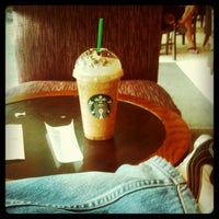 Photo taken at Starbucks Coffee by Lord Allen H. on 8/27/2011