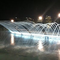 Foto tirada no(a) Georgetown Waterfront Park por Paul C. em 9/14/2011