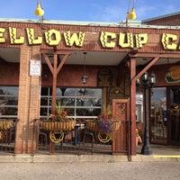 Das Foto wurde bei Yellow Cup Cafe von Michelle K. am 11/11/2011 aufgenommen