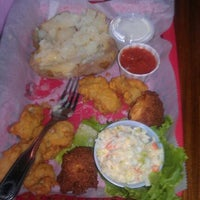 Photo taken at Buddy Roe's Shrimp Shack by Ronnie J. on 10/20/2011
