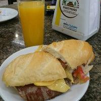 Foto tirada no(a) Bar e Restaurante Fazendão por Douglas Z. em 1/27/2012
