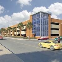 Снимок сделан в Bayside Parking Garage пользователем Texas A&M University-Corpus Christi 2/9/2011