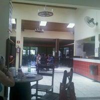 Foto tirada no(a) Bar e Restaurante Fazendão por Cari C. em 2/26/2012