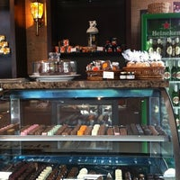 Photo taken at Pérgola Café Gourmet by M.L.F.T. A. on 7/9/2012