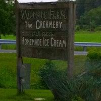 Photo taken at Woodside Farm Creamery by GreatStoneFace on 5/29/2011