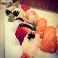 รูปภาพถ่ายที่ Pinto Thai Bistro & Sushi Bar โดย Joseph S. เมื่อ 6/28/2012