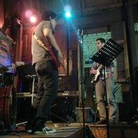 Photo taken at Diva Nicotina by JuanKa F. on 7/6/2012
