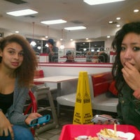 Photo taken at In-N-Out Burger by Sam L. on 11/5/2011