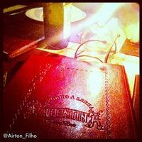 Foto tirada no(a) Pizzaria Valentina por Airton F. em 3/15/2012