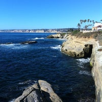 Foto scattata a La Jolla Beach da Heather M. il 6/27/2012