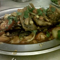 Photo taken at Restoran Man Tomyam by SchizOphrenia B. on 7/28/2012