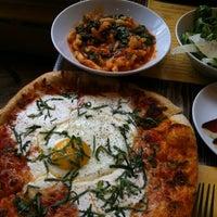 รูปภาพถ่ายที่ Coppa โดย Jon D. เมื่อ 4/10/2012