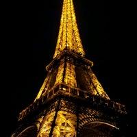 Foto tirada no(a) Restaurant 58 Tour Eiffel por Burak T. em 2/3/2012