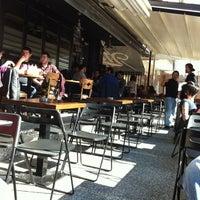 4/3/2012 tarihinde Savas T.ziyaretçi tarafından Retrox'de çekilen fotoğraf