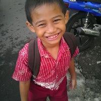 Photo taken at SDN Dinoyo 2 Malang by Landung N. on 2/22/2012