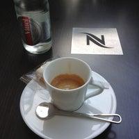 Das Foto wurde bei Nespresso von Luc F. am 9/10/2012 aufgenommen