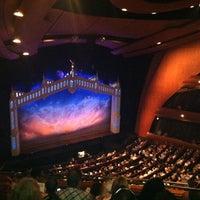 Foto tomada en Ellie Caulkins Opera House por Josh M. el 8/18/2012