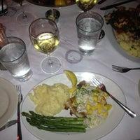 Das Foto wurde bei Lefty's Lobster and Chowder House von Jeremy K. am 4/30/2012 aufgenommen