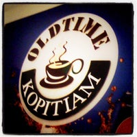 Photo taken at Old Time Kopitiam iCentre by Johnny J. on 3/15/2012
