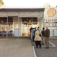 Photo prise au Taqueria del Sol par The Bite Life w. le8/11/2012