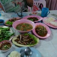 Photo taken at ร้านลาบคุณลุง by I^m anniE on 8/29/2012