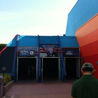 Foto tirada no(a) Captain EO por Cloud P. em 5/3/2012