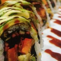 Photo taken at Hot Woks Cool Sushi by Aّmoُon on 8/31/2012