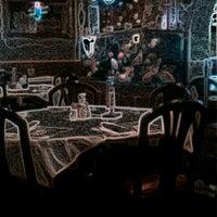 Снимок сделан в Szechwan Chinese Restaurant пользователем Dylan Z. 2/21/2012