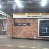 Foto tomada en Metro Santa Ana por Nicole B. el 6/12/2012