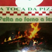 Photo taken at Toca da Pizza by Osmair C. on 4/9/2012