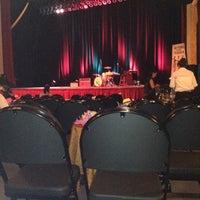 7/15/2012 tarihinde Adeline J.ziyaretçi tarafından Paramount Theatre'de çekilen fotoğraf