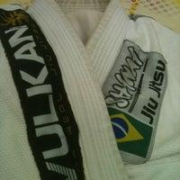 Photo taken at Escola da Luta Jiu Jitsu by Rafa C. on 5/29/2012