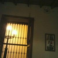 Foto tirada no(a) La Sucursal Restaurante Bar por Evelyn N. em 4/8/2012