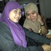 Photo taken at Universitas Muhammadiyah Sidoarjo by Mona A. on 5/16/2012