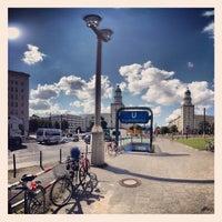 Das Foto wurde bei Frankfurter Tor von Donald B. am 8/14/2012 aufgenommen