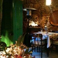 Foto tirada no(a) Refugio Restaurante por Henrique N. em 6/1/2012