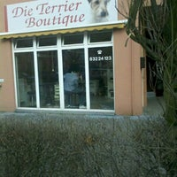 Photo taken at Die Terrier Boutique by Nemoflow on 3/16/2012