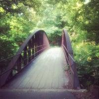 Das Foto wurde bei Cochran Shoals - Chattahoochee River von Kristen R. am 5/27/2012 aufgenommen