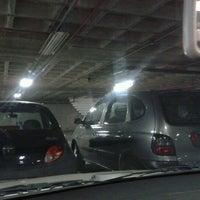 Photo taken at Estacionamento Coberto by Claudio D. on 8/4/2012