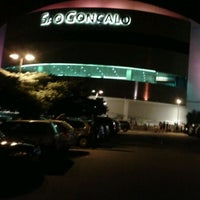 Foto tirada no(a) São Gonçalo Shopping por Davi M. em 5/12/2012