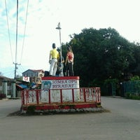 Photo taken at Patung Massa by Ansyar L. on 1/14/2012