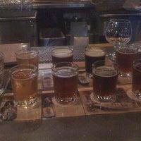 Photo taken at Granite City Food & Brewery by Saul N. on 3/22/2012