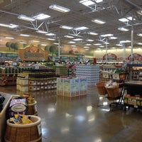 Photo taken at Sprouts Farmers Market by CathyCantLoss . on 7/30/2012