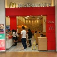 Photo taken at McDonald's by Takuto K. on 6/7/2012