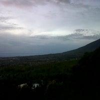 Photo taken at Ciseureuh Tea Plantation by Icup Supriadi S. on 1/23/2012