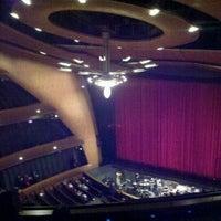 Foto tomada en Ellie Caulkins Opera House por Jeff l. el 12/11/2011